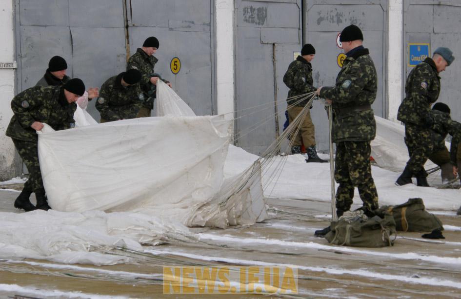 http://news.if.ua/images/news/10/02/02/big_8KQFO3.jpg