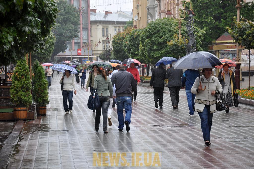 """Результат пошуку зображень за запитом """"Франківськ дощ"""""""