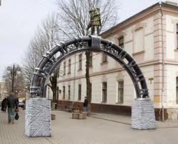 На вулиці Низовій встановлять декоративну ковану арку. Витвір мистецтва  Станиславову подарують ковалі 85ddb83b8431c